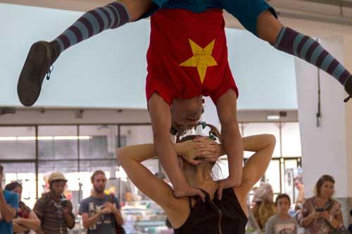 Circo nos Mercados - Companhia dos Mundos